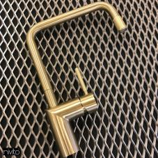 Ouro torneira de latão